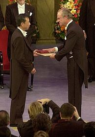 Le Prix Nobel pour Gao Xingjian, photo: Hans Mehlin, Nobel Web AB 2000