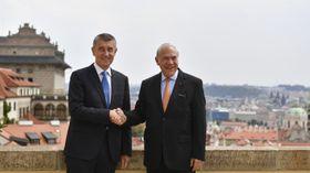 Andrej Babiš und Ángel Gurría (Foto: ČTK / Michal Kamaryt)