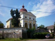 Kostel v Dolních Chvatlinách, foto: autorka