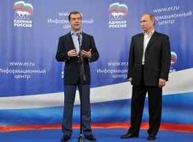 Dmitri Medvédev y Vladimir Putin, foto: ČTK