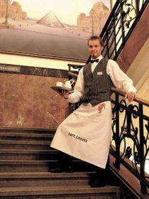 Фото: Официальный сайт кафе Louvre