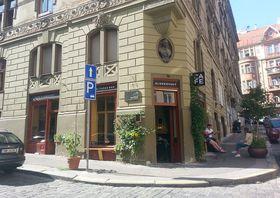 Café Sladkovský, photo: Ian Willoughby