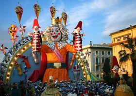 Carnaval de Viareggio, foto: Giulia / CC BY 2.0