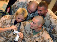 Návrat části vojenských chemiků z Kuvajtu, foto: ČTK