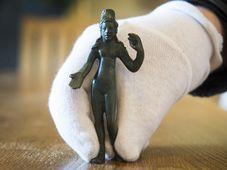 La petite statuette antique représentant Vénus, a été découverte lors de fouilles archéologiques menées près de la ville de Svitavy, photo: ČTK