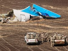 Wreckage of a Russian passenger plane that crashed in Hassana, Egypt, photo: CTK