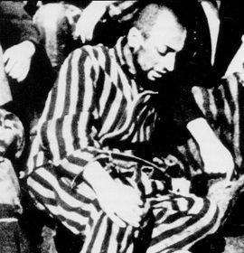 Dernière photographie connue de Robert Desnos au camp de Terezin, 1945, photo: Menerbes / Archives Desnos / public domain