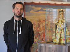 Статуэтка Младенца Иисуса в музее города Йиндржихув Градец и Якоб Валашек, фото: Ондржей Томшу