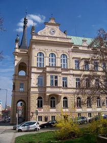 Nuselská radnice, foto: ŠJů, Wikimedia CC BY-SA 3.0