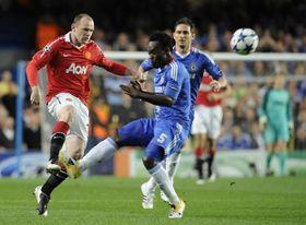 Chelsea - Manchester United, Wayne Rooney on the left, photo: CTK