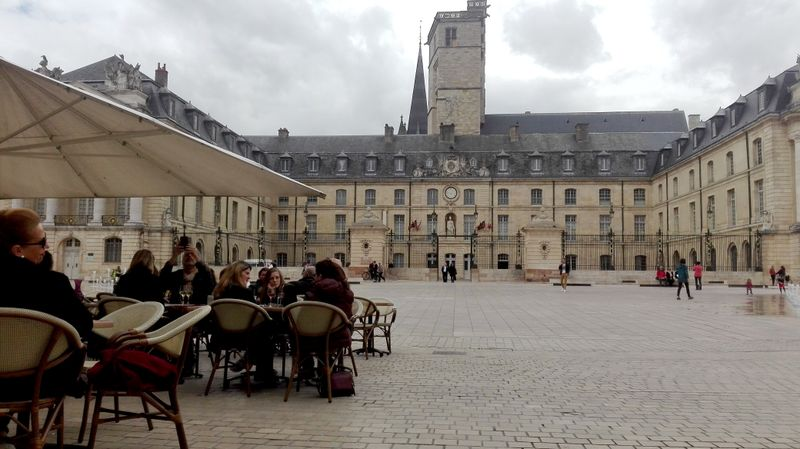 Dijon, photo: Alexis Rosenzweig