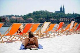 Playa del barrio de Smíchov en Praga (Foto: CTK)