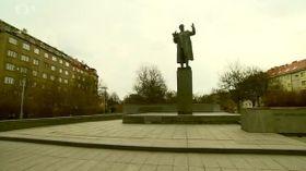 Памятник маршалу Коневу в пражском районе Дейвице (Фото: Чешское телевидение)