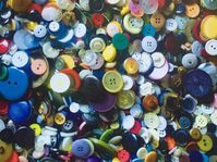 'One and a half million buttons', photo: Archives de Radio Prague