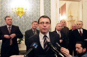 Lubomír Zaorálek con afiliados de la Coalición del ejecutivo, Foto: CTK