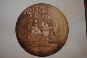Rodina hraběte Chotka na daguerrotypii zroku 1839