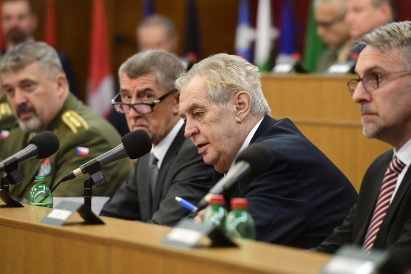Aleš Opata, Andrej Babiš, Miloš Zeman, Lubomír Metnar, photo: ČTK/Roman Vondrouš