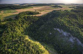 Le Karst tchèque, photo: Petr Vodička, CC BY-SA 3.0 Unported