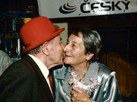 Dana Zátopková con su esposo Emil