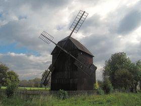 El molino de viento en la aldea de Rymice, foto: palickap, CC BY 3.0 Unported