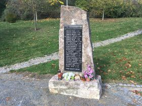 Memorial to victims of 1945 air raid on Radlice, photo: Ian Willoughby
