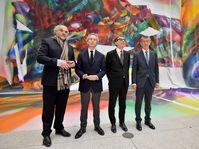Le directeur de la Galerie nationale de Prague Jiří Fajt, Bernard Blisténe, directeur du Centre Pompidou, Serge Lasvignes, président du Centre Pompidou et Andrej Babiš, photo: Vít Šimánek / ČTK