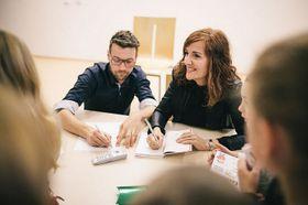 Elvira Lindo y Lukáš Hejlík, foto: el proyecto LISTOVÁNÍ