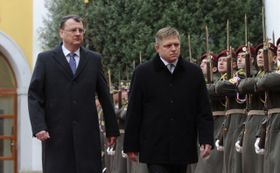 Петр Нечас и Роберт Фицо (Фото: ЧТК)