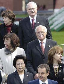 Vaclav Klaus (en el centro) en Moscú (Foto: CTK)