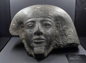 Hlavová část sarkofágu, foto: ČTK/Michal Krumphanzl