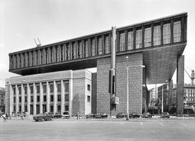 Здание Федерального собрания, 70-ые годы 20-го века (Источник: Национальная галерея)