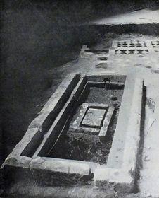 La sepultura de San Venceslao en la iglesia de San Vito, foto: Antonín Podlaha, Public Domain