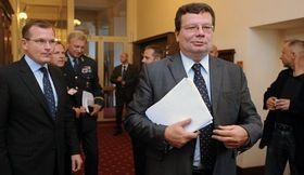 Jiří Šedivý et Alexandr Vondra (à droite), photo: CTK