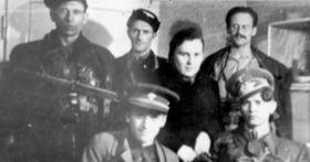 Partyzánská skupina působící vJavoříčku, foto: archiv Iniciativy pro podporu vypálených obcí