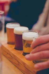 Degustación de cervezas, foto ilustrativa: Veeka Skaya, Pixabay / CC0