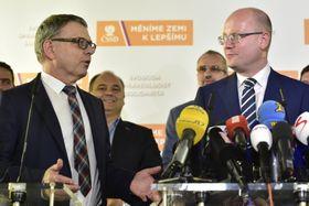 Bohuslav Sobotka y Lubomír Zaorálek, foto: ČTK