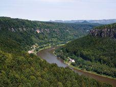 Elbe, photo: che, CC BY-SA 2.5 Generic