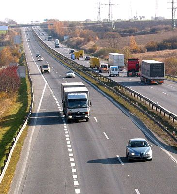 Campaigners sound alarm over proposed change to road noise