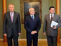 De izquierda: Mirek Topolánek, Václav Klaus, Alexandr Vondra y Karel Schwarzenberg (Foto: CTK)