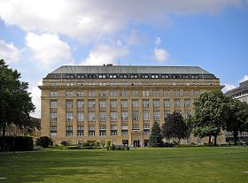 La banque nationale autrichienne à Vienne, photo: Gryffindor, CC BY-SA 3.0 Unported