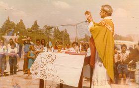 Ceremonia de inauguración del monumento. Archivo de Raúl Cernak