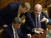 De izquierda: Andrej Babiš, Pavel Bělobrádek y Bohuslav Sobotka en la Cámara de Diputados, foto: ČTK