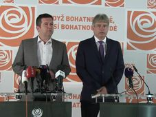 Social Democrat leader Jan Hamáček, deputy chairman Roman Onderka, photo: official Facebook page of ČSSD