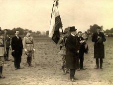 Tomáš Garrigue Masaryk et des officiers de la mission militaires française, photo: Archives de VHÚ