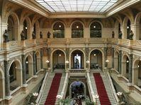 Vstupní hala v Národním muzeu, foto: Aylorion, Wikimedia Commons, CC BY-SA 2.0 DE