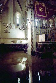 Вода в Староновой сынагоге (Фото: ЧТК)