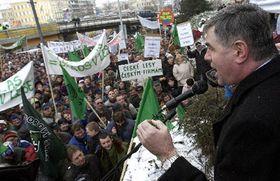 Jaroslav Palas contra los trabajadores de la silvicultura (Foto: CTK)