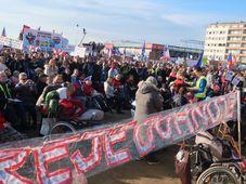 Protest gegen den Premier Andrej Babiš (Foto: Martina Schneibergová)