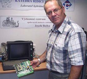 '..tato řídící destička nahradí velký stolní počítač..', foto: Autor