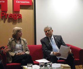 Anna Housková y José Luis Bernal